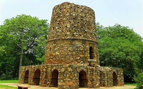 Message-board_historical-monuments-of-delhi-with-dark-past-1524118093