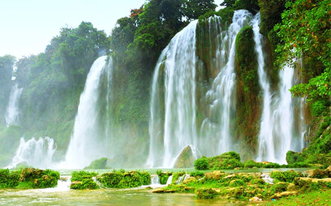 Message-board_must-visit-waterfalls-of-munnar-1514440272